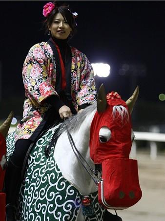 川崎競馬の誘導馬01月開催 獅子舞 白半纏Ver-120102-06
