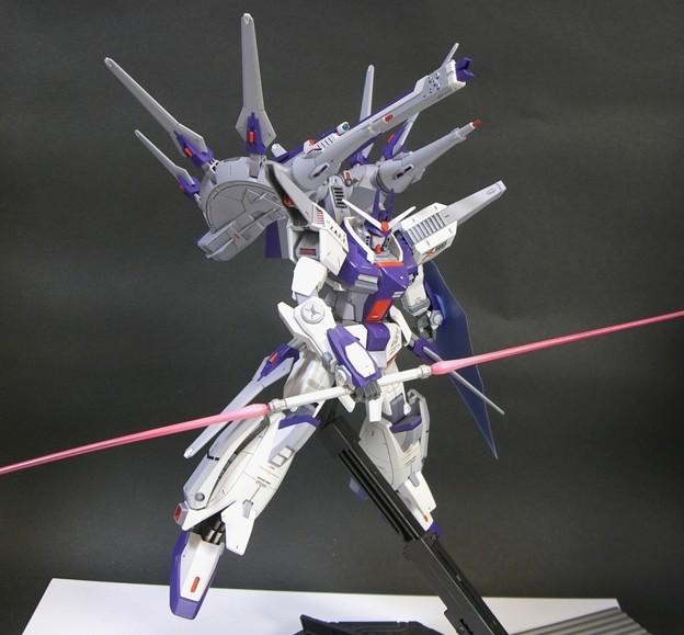 14 Legend Gundam 1;100