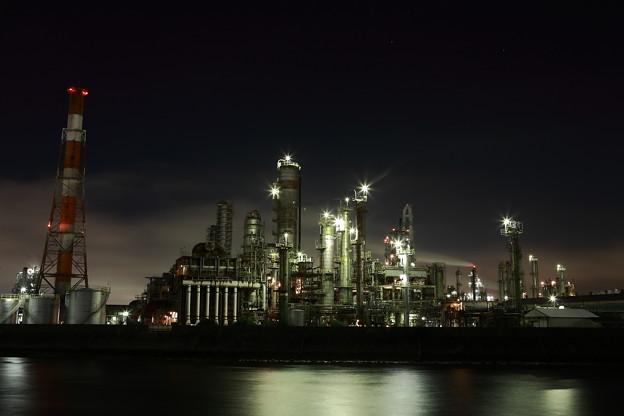 写真: 『眠らざる灯。。。』~四日市~