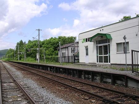 蘭留駅ホーム1