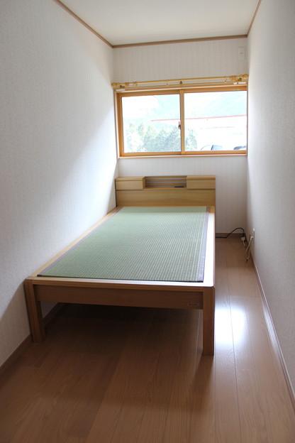小部屋畳ベッド