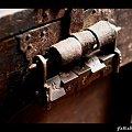 Photos: 銭箱とからくり錠前
