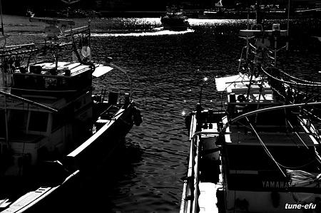 対馬にて・・イカ釣船2