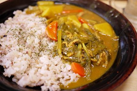元祖横浜海軍カレーフレークを使った残り物野菜カレー