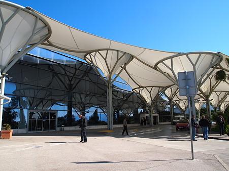 スプリット空港