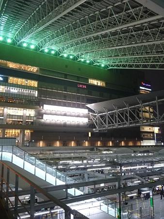 120305-大阪駅 (29)