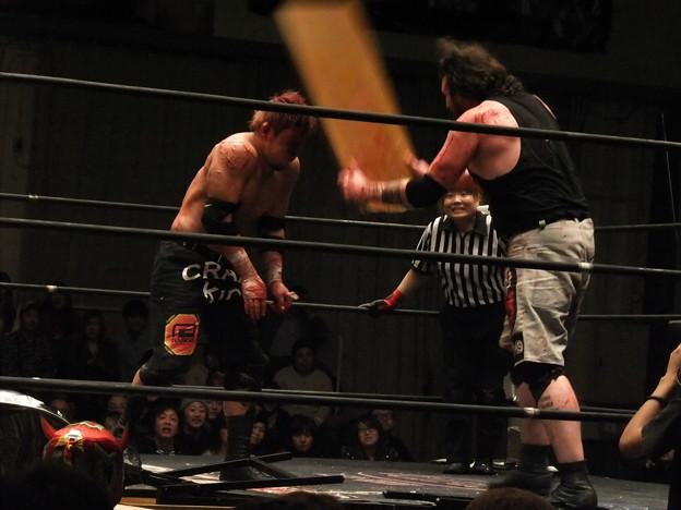 Photos: 竹田誠志vsMASADA  FREEDOMS 葛西純プロデュース興行 Blood X'mas 2011 (11)