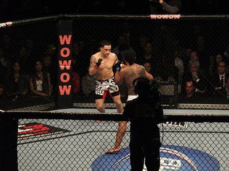 UFC 144 ライト級タイトルマッチ フランク・エドガーvsベンソン・ヘンダーソン (2)