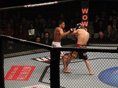 UFC 144 アンソニー・ペティスvsジョー・ローゾン (2)