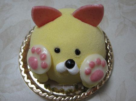 ニャンコのケーキ。かわゆす。