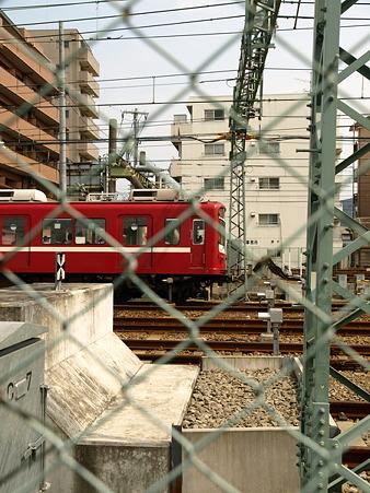 800形(子安駅)3