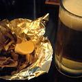 写真: 生ビール&きのこバターなう。