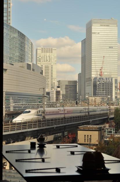 新幹線を見ながランチ