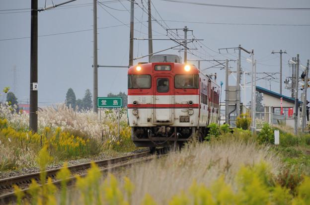 普通列車も通過する駅