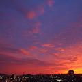 写真: 夕焼け空 県庁方向