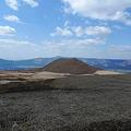 Photos: 野焼き後の米塚(2)
