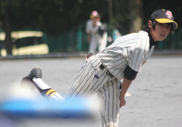 Photos: 打球はレフトへ