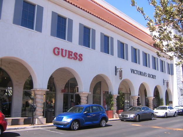 +GUESS & VICTORIAS SECRET - Town Square 6-19-11