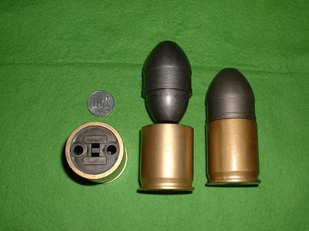 LS「M203 グレネード ランチャー」 (弾が飛ぶタイプ) 組み立て塗装済み 付属 カート(製品には1個のみ付属)Do