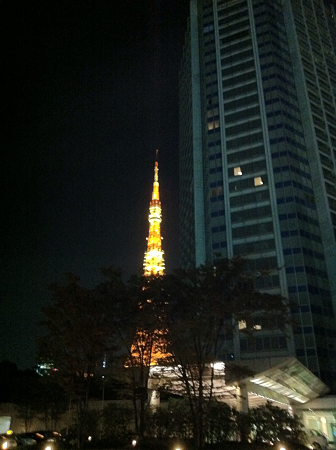 東京タワーをプリンスホテルから